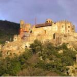 Le château de Ventadour, Meyras, 3 km.